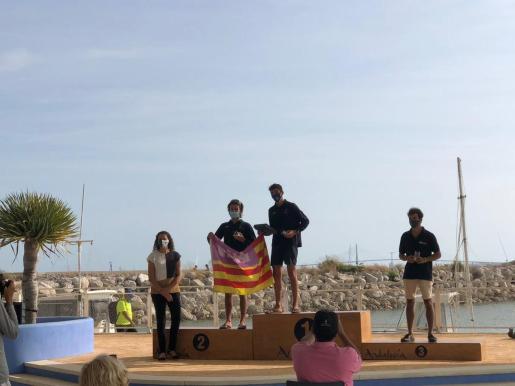 Imagen del podio final del Nacional de Open Foil juvenil en Puerto Sherry.