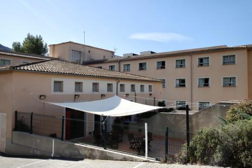 Residencia Bell Entorn, intervenida por la conselleria tras el aumento de casos.