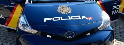 La Policía Nacional detuvo a dos jóvenes como presuntos autores de un delito de robo con violencia e intimidación.