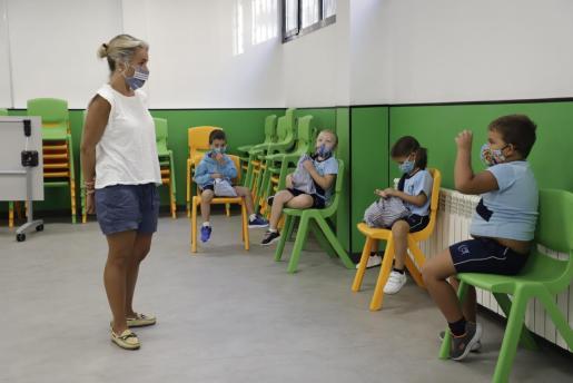 Imagen de un colegio de Mallorca, con las nuevas medidas de distanciamiento.