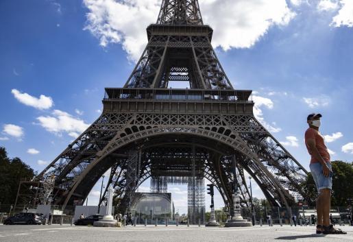 La Torre Eiffel ha sido evacuada este miércoles.