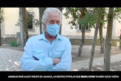 Michael Douglas, en un fotograma del 'teaser' de este documental, en Mallorca.