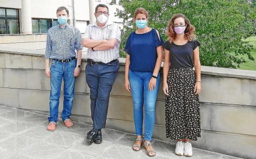 El equipo de la Oficina de Transferència de Resultats d'Investigació i Projectes (OTRI): Antoni Morro, Lluís Tudela, Gabriela Dinkova, Margalida Gual y Lorena Vela -no aparece en la imagen-.