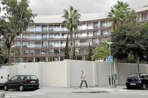 La antigua residencia de Sa Nostra, ubicada en la calle General Riera y recientemente reformada para a concentrar usuarios positivos asintomáticos.