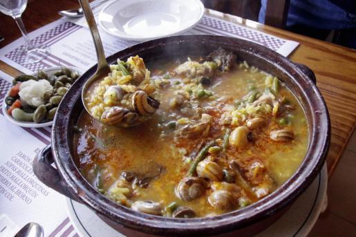 Uno de los platos típicos de Mallorca, sobre todo cuando refresca, es el 'arròs brut'.