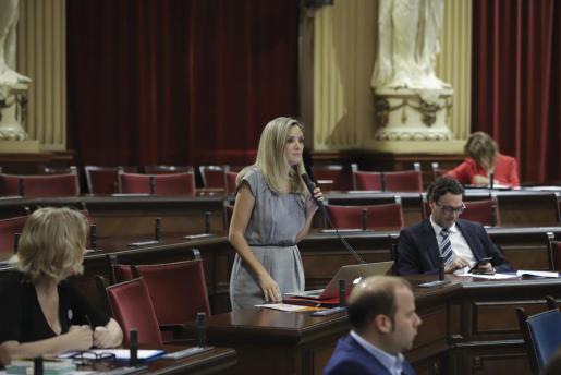 Patricia Guasp en el Parlament.