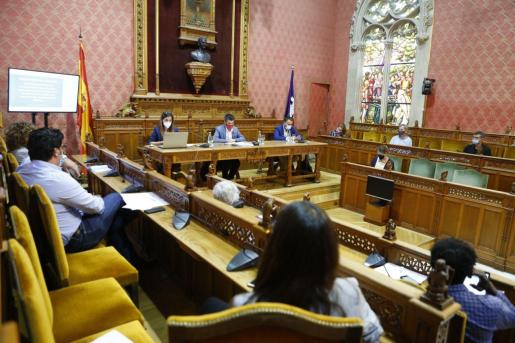 Comisión de expertos en relación a los casos de explotación en Mallorca.