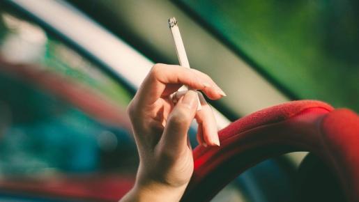 Baleares es la región donde más cae la venta de cigarrillos en agosto.