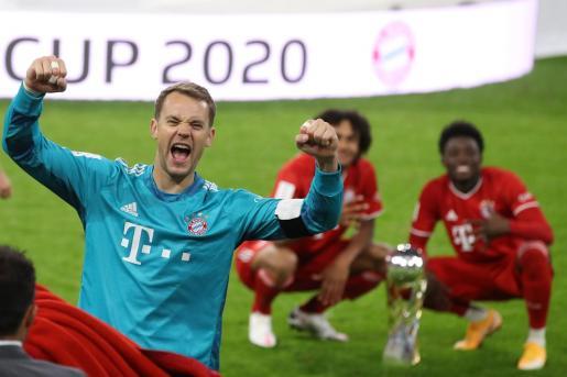 Manuel Neuer tras ganar el Bayern la Champios.