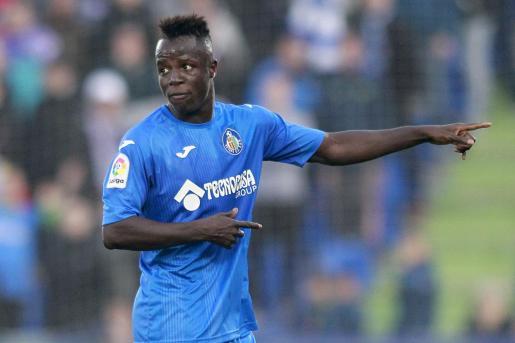 Amath Ndiaye, extremo senegalés del Getafe, durante un partido con el conjunto azulón.