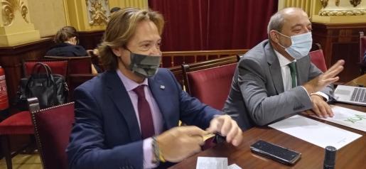 Diputados de Vox, en el Parlament.