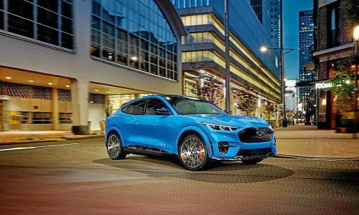 El vehículo será capaz de desarrollar 465 cv de potencia.