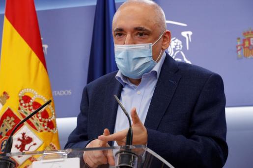 Simancas ha subrayado la lealtad del grupo socialista a la institución.