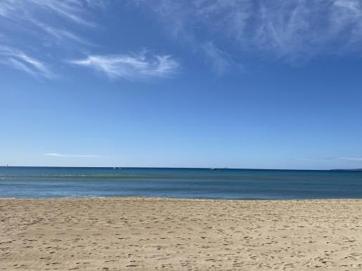 Joan Barceló recopila fotos del mar de Mallorca para su hija.