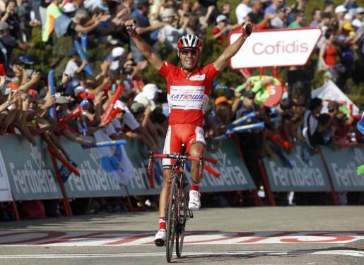 El español 'Purito' Rodríguez, a su llegada a la meta de la 14 etapa de la Vuelta a España.