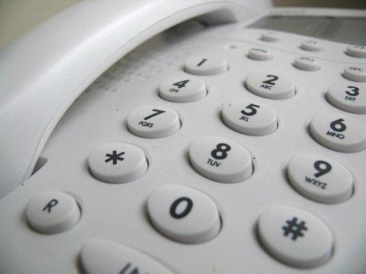 Los teléfonos fijos siguen vivos en el mercado.