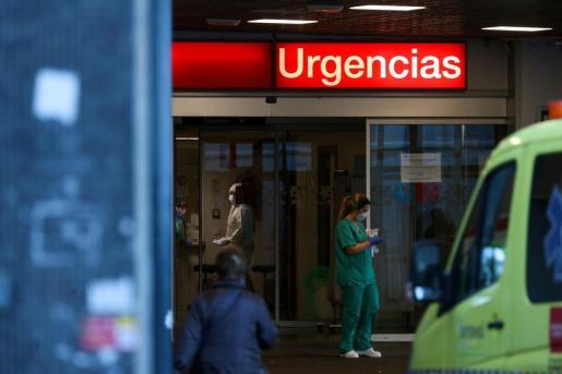 La entrada de emergencias del Hospital La Paz de Madrid.