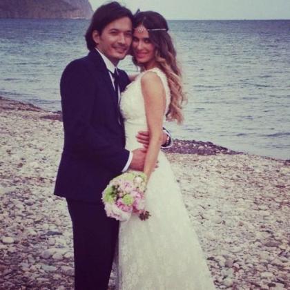 Alberto Caballero y Vanesa Romero, en la imagen que han difundido por Twitter.