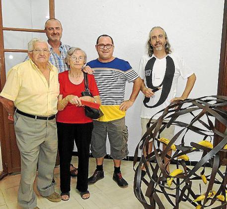 Llorenç Llambías, Maria Bonet, Jaume Roig, Jaume Canet y Tomeu Vidal en la galería Can Nou Sous.