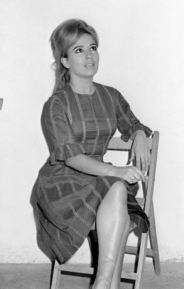 Fallece a los 87 años la actriz Marisa de Leza, Concha de Plata en 1954.  https://t.co/ZbVTs1vcUh