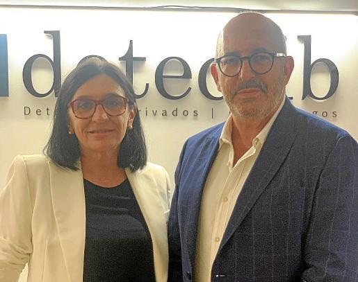 Marga Portolés y Juan Carlos Delgado, de Detectib.