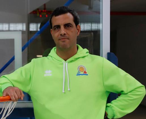 Diego Tobalina, entrenador del Consell Air Europa, uno de los equipos isleños de EBA.