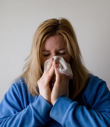 Salut da una serie de recomendaciones para aliviar los síntomas de la gripe.