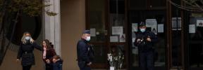 Nueve detenidos en relación con la decapitación del profesor en Francia tras mostrar en clase una caricatura de Mahoma