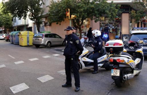La Policía Local de Palma ha detenido al conductor del vehículo.