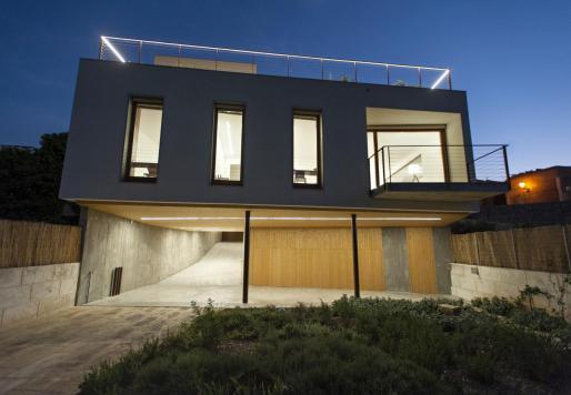 La casa está junto a la zona verde del Serral de ses Monges.
