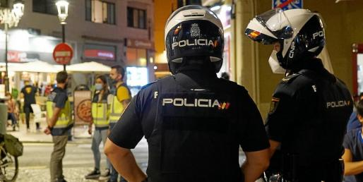 Policía Nacional, Patrulla Verde (Policía Local) y técnicos del Govern realizan controles todos los fines de semana.