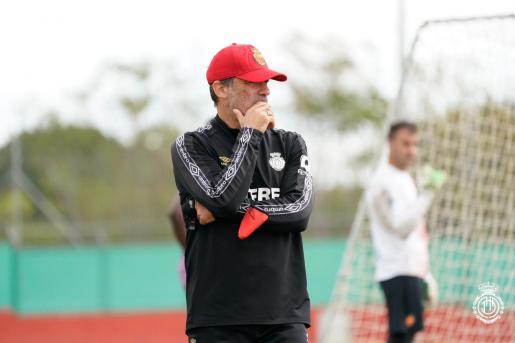 El entrenador Luis García Plaza.