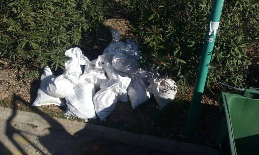 El consistorio 'marratxiner' ha emprendido una campaña contra la proliferación del llamado turismo de residuos, que abunda en determinados puntos del municipio.