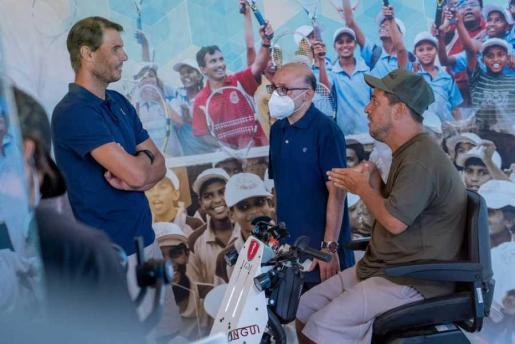 El tenista Rafa Nadal, junto a El Langui y Vidal, en el programa de TVE.