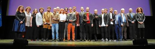 Foto de familia de losgalardonados en la última edición de los premios Ciutat de Palma de enero de este año.