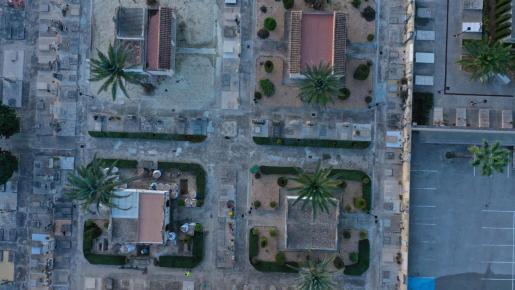 Vista aérea del cementerio de Porreres.