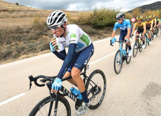 El ciclista español Enric Mas, durante la etapa de 163,8 kilómetros entre Lodosa y la Laguna Negra de Vinuesa, tercera de la Vuelta a España de ciclismo 2020, este jueves.