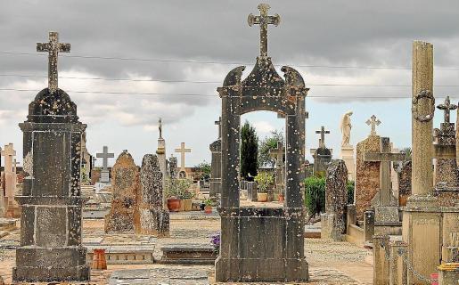 Imagen del cementerio de Llucmajor.