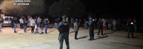 La Guardia Civil clausura una fiesta ilegal en una finca rústica de Petra