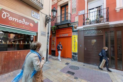 Vista de los barres cerrados de la zona del Tubo en Zaragoza.