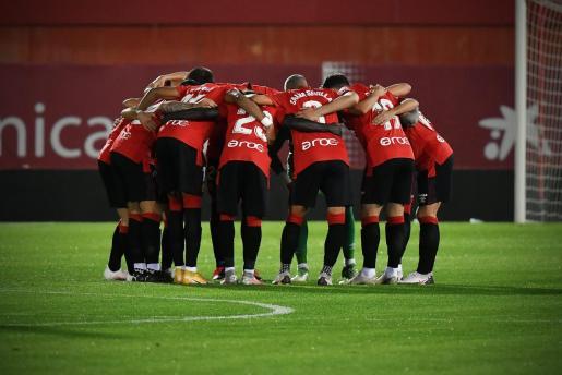 Los jugadores del Mallorca antes de un encuentro.