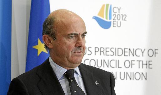 Luis de Guindos, en la reunión de los ministros de Economía de la UE (Ecofín) celebrada ayer en Nicosia, Chipre.