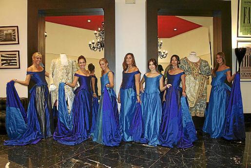 Melanie Genovart, Arantxa Oliva, Lourdes Prats, Concha Bas, Raquel Osuna, Patricia Albertí y Verónica Ibañez.