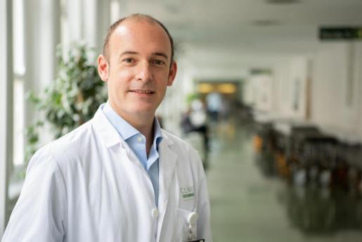 El jefe del Servicio de Oncología Médica del Hospital Clínic y del grupo Genómica translacional y terapias dirigidas en tumores sólidos del Idibaps, Aleix Prat.