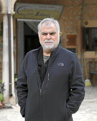 El cineasta Benito Zambrano en Valldemossa.