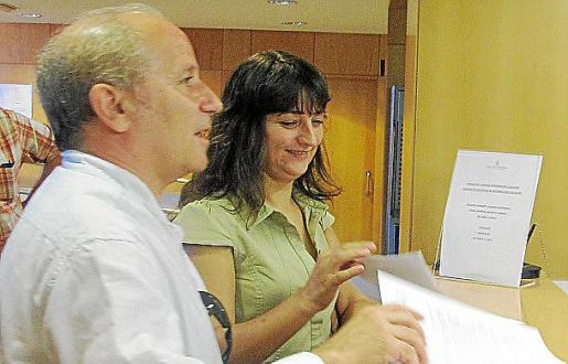 Bauzá, con representantes de las entidades que componen el Fórum.