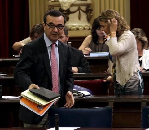 El vicrepresidente económico, Josep Ignasi Aguiló, hoy en el Parlament.