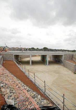 Una vista del nuevo puente de la Carretera Vella de Bunyola sobre el Torrent Gros.