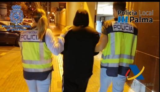 La policía ha desarticulado dos puntos de venta en s'Arenal.