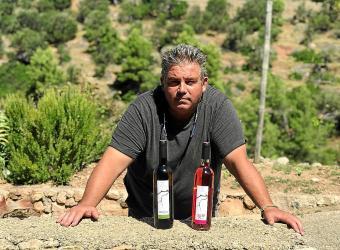 Pau Bujosa: «Hay muchas uvas Malvasia, pero no como la de Banyalbufar»